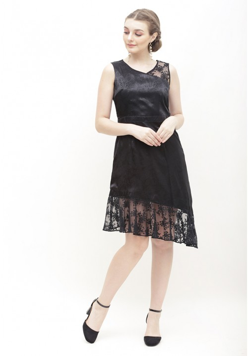 Linneth Dress Black