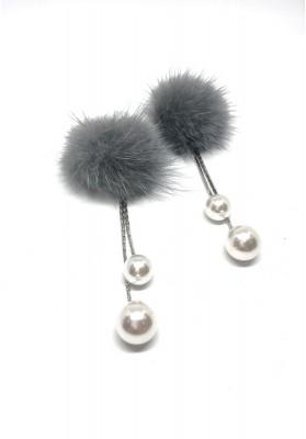 Fur Pom With Metallic Tassel And Pearl Earrings Grey