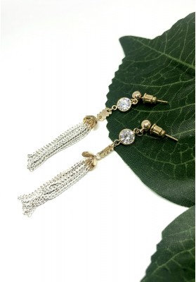 Chain Tassel With Round Diamonds Earrings White