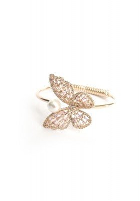 Butterfly With Pearl Hoop Bracelet Gold