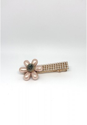 Tear Drop Flowers With Stone And Pearls Square Hair Clips Brown