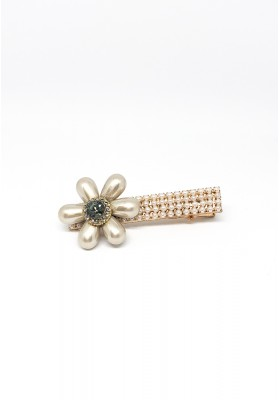Tear Drop Flowers With Stone And Pearls Square Hair Clips Gold